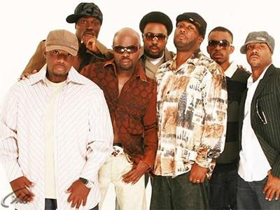 Naturally 7 - Live at Montreux